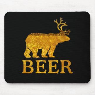 Refresque los ciervos o la cerveza del oso alfombrillas de ratones