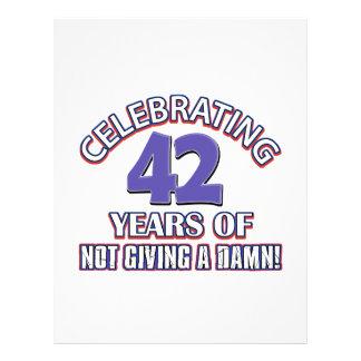 Refresque los diseños 42 años plantilla de membrete
