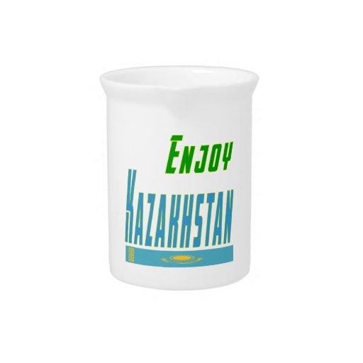 Refresque los diseños para Kazajistán Jarras De Beber
