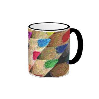 Refresque los lápices coloreados tazas