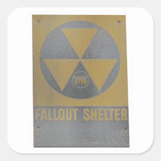 Refugio de polvillo radiactivo pegatina cuadrada