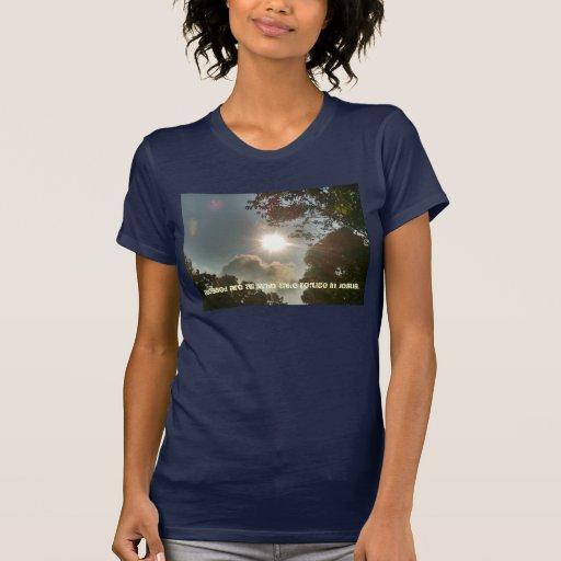Refugio en la camiseta de Jesús