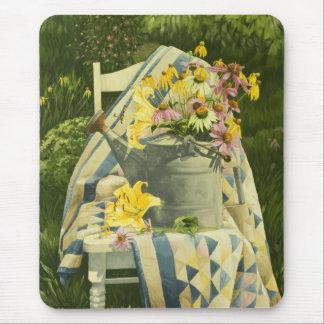 Regadera 1138 en el edredón en jardín tapete de ratones