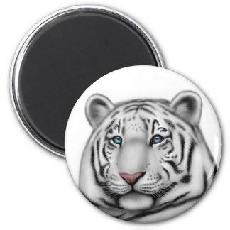Regal White Tiger Round Magnet