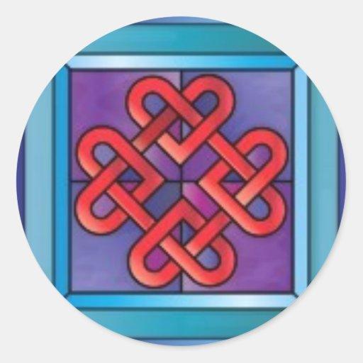 Regalo céltico del diseño de los corazones del pegatina redonda