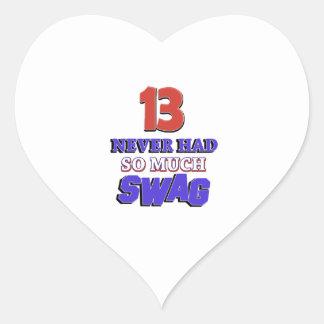 Regalo de cumpleaños de 13 años pegatina en forma de corazón