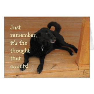 Regalo de cumpleaños negro del perro del tarjeta de felicitación