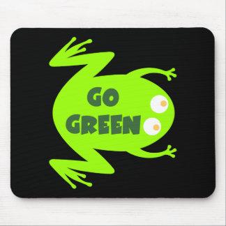 Regalo de la ecología de la rana verde mouse pads