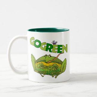 Regalo de la ecología de la rana verde taza de café de dos colores