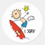 Regalo de la persona que practica surf pegatinas redondas