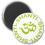 Regalo de OM Shanti Shanti Shanti Imán Redondo 5 Cm