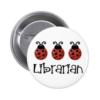 Regalo del bibliotecario de la mariquita pin