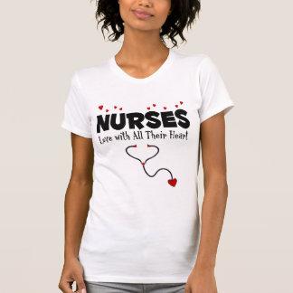 Regalo del corazón de la enfermera camisetas