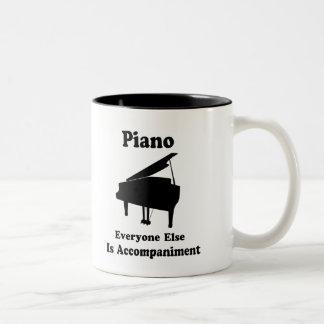 Regalo del piano taza dos tonos