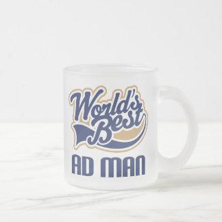 Regalo del rosa del hombre del anuncio taza