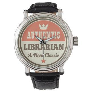Regalo (divertido) auténtico del bibliotecario relojes