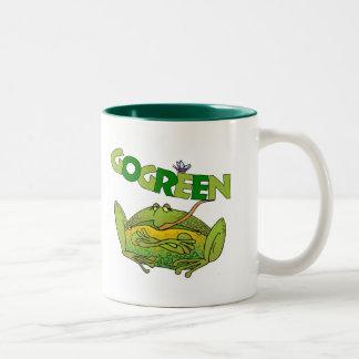 Regalo divertido de la ecología de la rana verde taza dos tonos