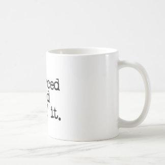 """Regalo divertido del divorcio """"divorciado y lovin taza de café"""