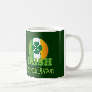 Regalo irlandés del albañil del cemento tazas de café
