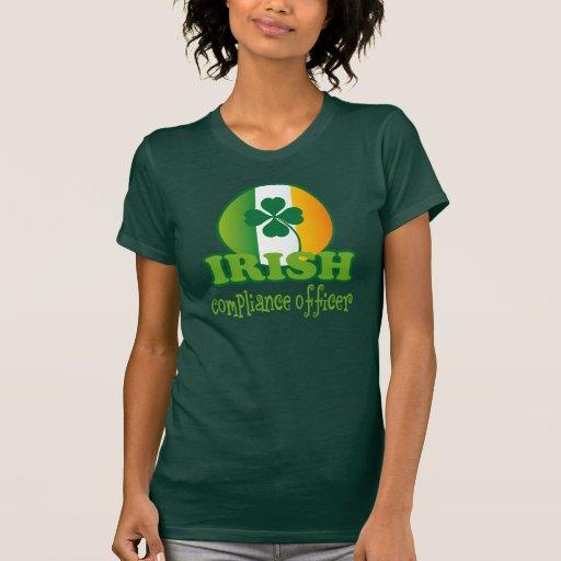 Regalo irlandés del oficial de la conformidad t-shirts
