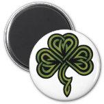 Regalo irlandés del trébol imán redondo 5 cm