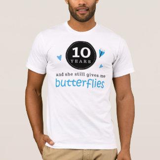 Regalo para la 10ma mariposa del aniversario de playera