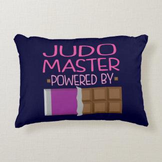Regalo principal del chocolate del judo para ella cojín decorativo