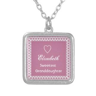 Regalo rosado y blanco del Granddaugher más dulce  Pendiente Personalizado