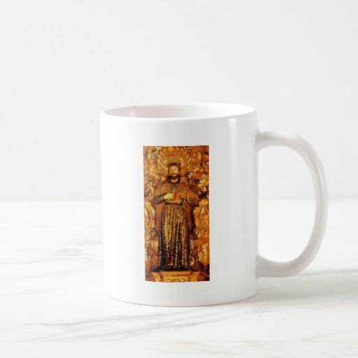 Regalo santo de la imagen de St Francis Taza Básica Blanca