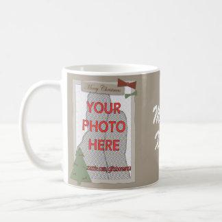 Regalos adaptables de la foto del navidad tradicio taza de café