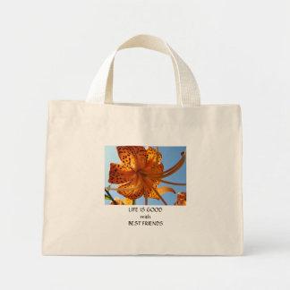 Regalos anaranjados de la flor del lirio tigrado d bolsas lienzo