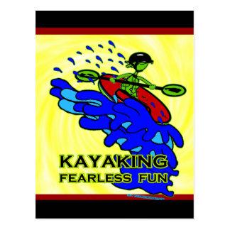 Regalos audazes Kayaking de la diversión Tarjeta Postal