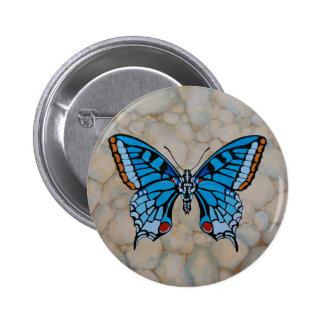 Regalos azules de la mariposa pin redondo de 2 pulgadas