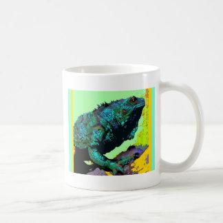 Regalos azulverdes tropicales de la iguana por taza de café