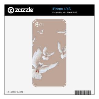 Regalos beige de las palomas blancas por Sharles Skins Para iPhone 4