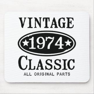 Regalos clásicos del vintage 1974 alfombrillas de raton