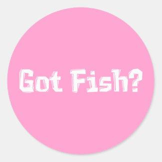 Regalos conseguidos de los pescados pegatina redonda