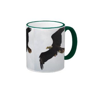 Regalos de Eagle calvo Taza De Dos Colores