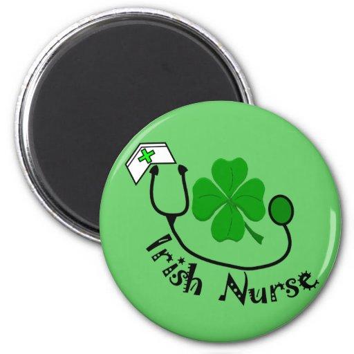 Regalos de la enfermera del irlandés, diseño verde imán redondo 5 cm