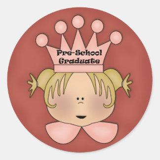 Regalos de la graduación del preescolar pegatina redonda