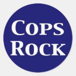 Regalos de la roca de los polis etiquetas redondas