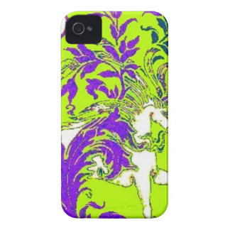 Regalos de madera de la vid del unicornio verde de iPhone 4 Case-Mate coberturas