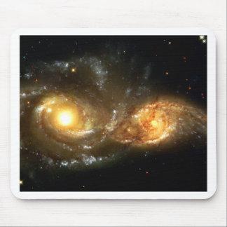 Regalos de SpaceGalaxies - Galaxie espiral que obr Alfombrillas De Ratón