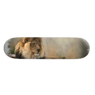 Regalos del arte de los amantes del león monopatines personalizados