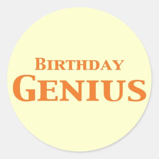 Regalos del genio del cumpleaños etiquetas redondas