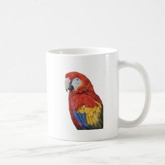 Regalos del loro del Macaw del escarlata Taza Clásica