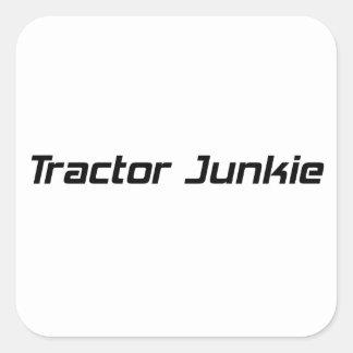 Regalos del tractor del drogadicto del tractor por pegatina cuadrada