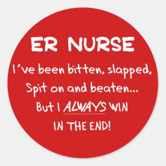 Regalos divertidos de la enfermera del ER Pegatinas Redondas