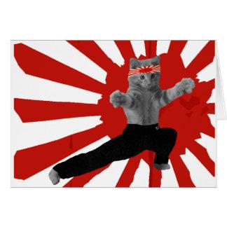 Regalos divertidos del gatito del karate tarjeta de felicitación