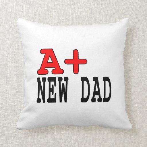 Regalos divertidos para los nuevos papás: A+ Nuevo Cojines